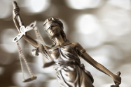 L'impact des médias sur les décisions de justice