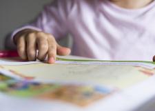 Comment améliorer l'apprentissage de la lecture à l'école? L'impact des pratiques des enseignants à l'école maternelle